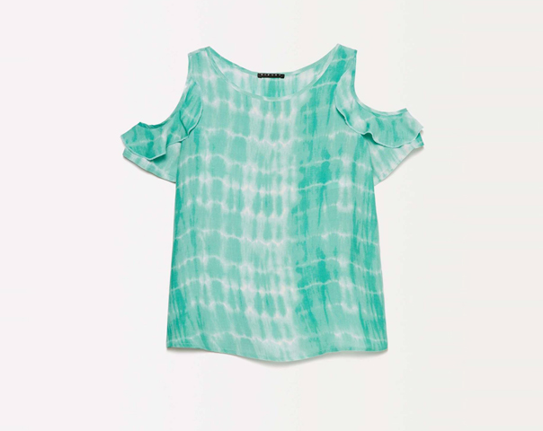 Tie-dye t-shirt with porthole