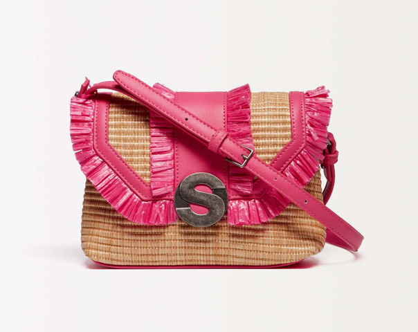 Crossbody bag in raffia with fringe